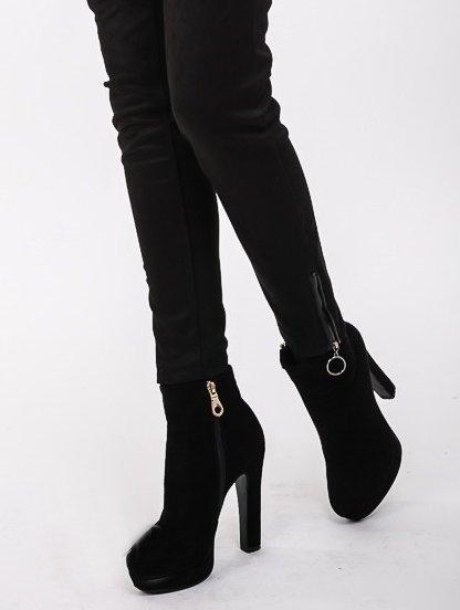 Черные облегающие брюки с эко-замши в мелкую полосочку, фото 1