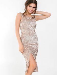 Золотистое велюровое платье с пайетками и разрезом