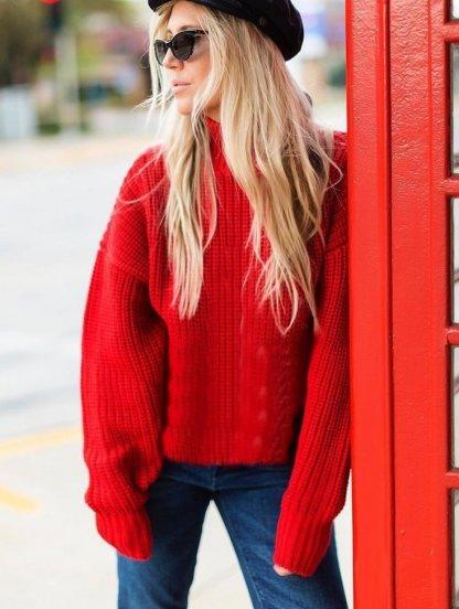 Красный теплый свитер оверсайз с широкой горловиной, фото 1