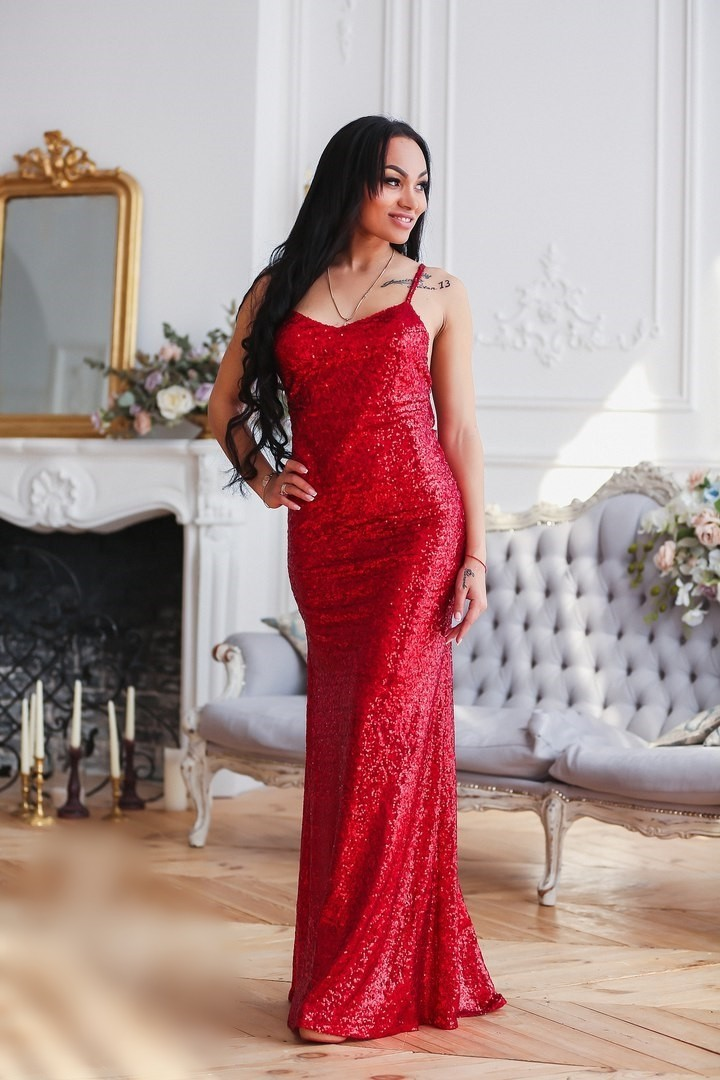вечерние платья красного цвета купить