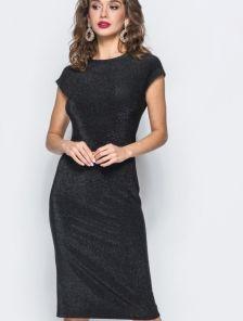 Силуэтное платье без рукава в черном цвете с люрексом длины-миди
