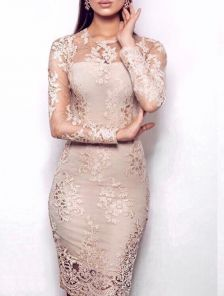 Вечернее кружевное платье с вышивкой золотом