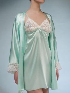 Ночная сорочка из натурального шёлка в нежном мятном цвете
