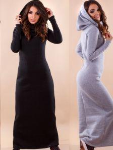 Флисовое длинное платье с капюшоном-хомутом
