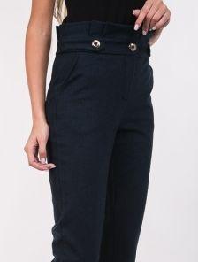 Женские классические брюки с завышеой талией и карманами в синем цвете