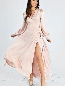 73458760d8bb Вечернее платье с приоткрытыми плечами розового цвета Розовое вечернее  платье на запах с приоткрытыми плечами и разрезом