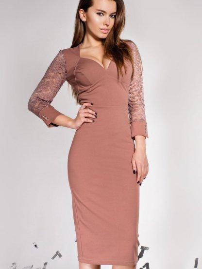 Бежевое облегающее платье с гипюровыми рукавами, фото 1