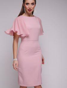 Розовое нежное платье приталеного кроя с летящим шифоновым рукавом