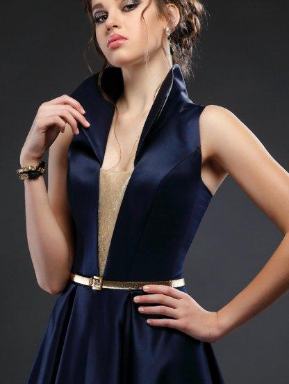 Синее вечернее платье с воротником-стойкой и карманами, фото 1