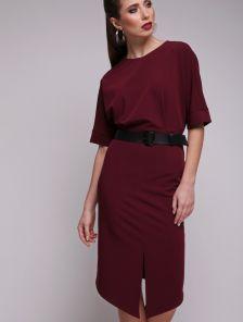 Бордовое короткое ассиметричное платье