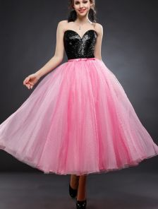 Розовое фатиновое платье миди