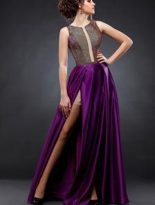 Длинное фиолетовое вечернее платье с двойным разрезом