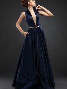 Синее вечернее платье с воротником-стойкой и карманами