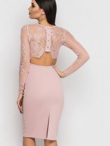Розовое вечернее кружевное платье с открытой спиной
