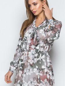 Женственное платье миди длинны в цветы