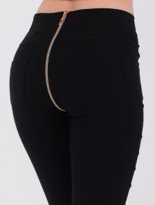 Черные стрейчевые джинсы с завышенной талией и молнией сзади