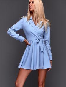 ... Голубое короткое платье в пудровом оттенке с пышной юбкой на запах d30d94feafa2c