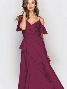 Бордовое длинное платье с большой юбкой на тонких бретелях