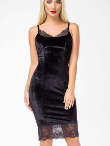 Короткое черное бархатное платье-футляр на бретельках с кружевом