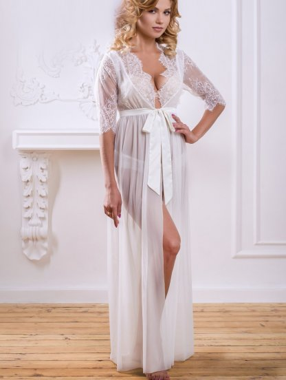 Длинный белый свадебный халатик со вставками кружева для фотоссесии, фото 1