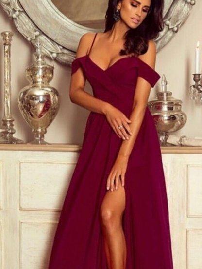 Бордовое длинное платье с окрытыми плечами и вырезом, фото 1