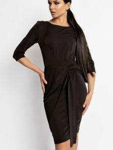 Черное классическое платье с рукавом 3/4 с имитацией запаха