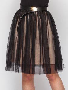 Черная фатиновая юбка на бежевой подкладке под пояс длины миди