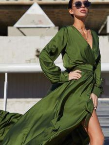 Вечернее стильное шелковое нарядное платье с запахом