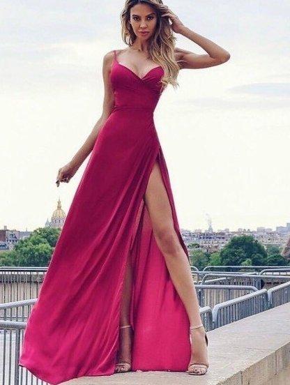 Длинное вечернее платье с открытыми плечами, фото 1
