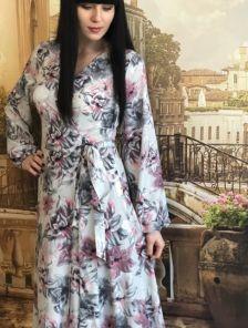Длинное серое нарядное платье с цветами