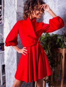 Коктельное красное короткое платье до колена с запахом