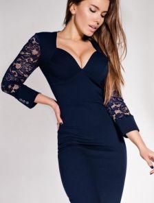 Синее облегающее миди платье