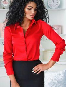 Шелковая красная рубашка с широкими манжетами