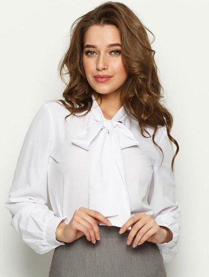 Шелковая офисная блуза белого цвета с бантом, фото 1