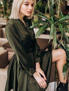 Красивое короткое платье до колен