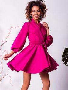 Коктельное розовое платье с запахом