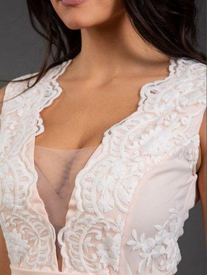 Вечернее длинное персиковое платье с глубоким декольте и сеткой, фото 1