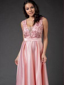 Нарядное длинное розовое платье с атласной юбкой и прозрачной спиной