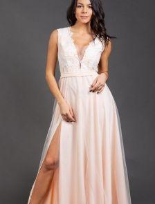 Вечернее длинное персиковое платье с глубоким декольте и сеткой