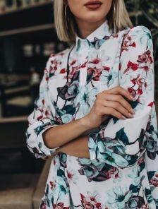 Трапецевидное платье с рукавом 3\4 в цветочный принт длины миди
