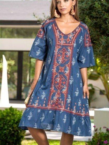 Синее короткое платье с вышивкой на рукав 3/4, фото 1