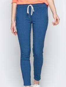 Стрейчевые брюки в синем цвете