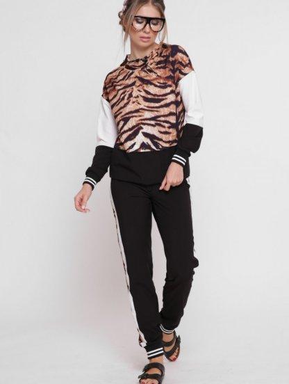 Костюм с леопардовым принтом и зауженными штанами, фото 1