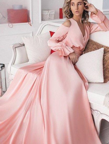 Розовое вечернее длинное платье с вырезами, фото 1
