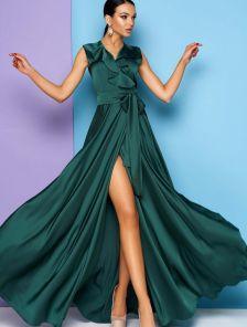 Нарядное изумрудное шелковое платье с V образным вырезом и воланом