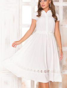 Короткое белое платье на короткий рукав с юбкой полусолнце