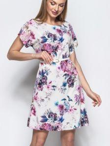 Летнее платье до колена на короткий рукав