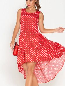 Летнее короткое платье в горох с асимметрией и оборкой