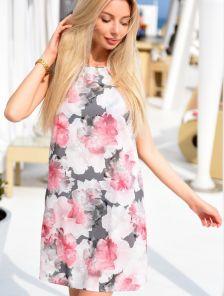 Легкое летное платье-трапеция с цветочным принтом без рукавов