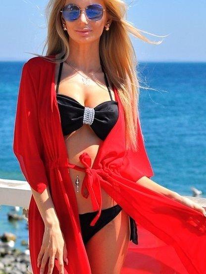 Шифоновая красная туника на море, фото 1